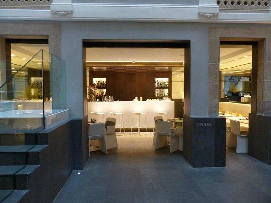 H10 Urquinaona Plaza Hotel: bar/restaurant