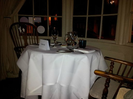 The White Swan Inn : Dog-friendly intimate dining!