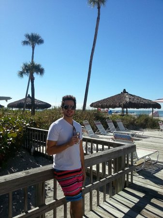 Sandcastle Resort at Lido Beach: Pool Deck at Helmsley
