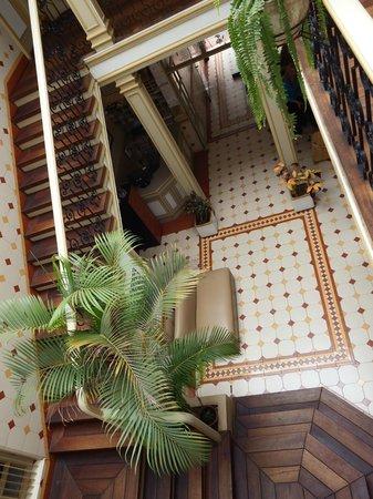 La Orquidea Hostel: Entrada a la Hostal
