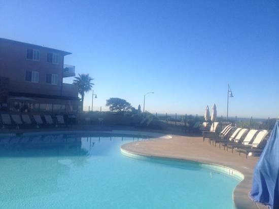 Cape Rey Carlsbad, a Hilton Resort: amazing view from the pool