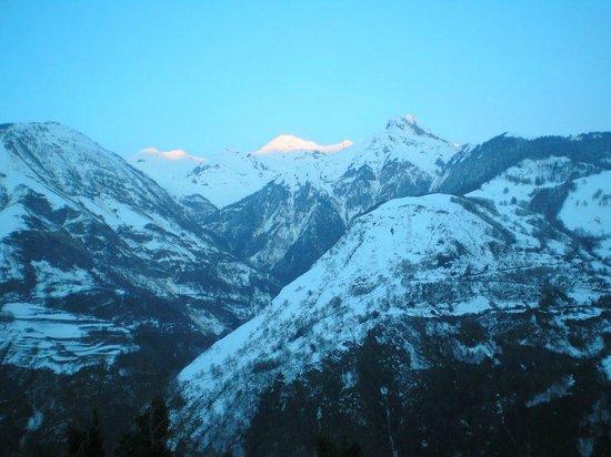 L'Espiatet : vue sur le plus haut sommet de la Vallée d'Aspe