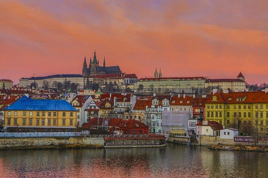 ปราสาทปราก: Prague Castle and its surroundings