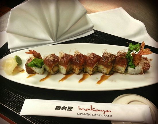Inakaya Japanese Restaurant : New year roll!!!