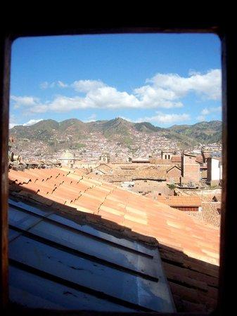 Amaru Hostal: Hermosa vista de la ciudad en la habitación