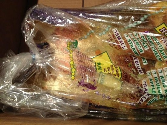 Antoine's Famous Cakes : No additional packaging...just this thrown in the box