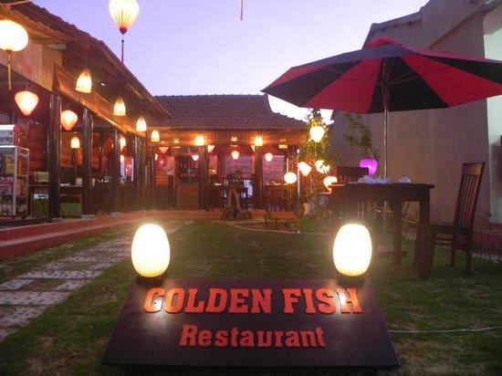 Golden Fish restaurant & bar : Golden Fish Garden
