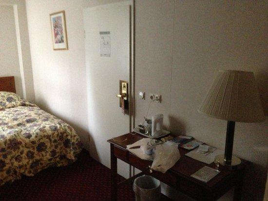 Georghof Hotel Berlin: stanza 1