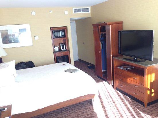 Hilton Garden Inn Monterey: King bed, plasma TV, microwave & frig...