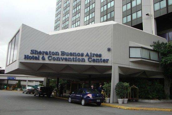 Sheraton Buenos Aires Hotel & Convention Center : Hotel - área externa