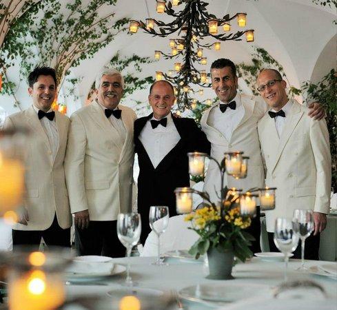 Le Sirenuse Hotel : dining staff at La Sponda restaurant