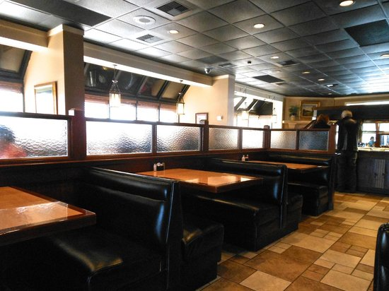 Gondola Restaurant: Interior