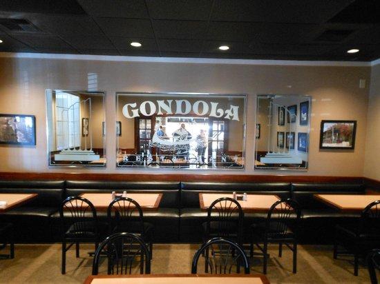 Gondola Restaurant: Dining Area