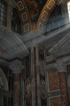 Vatican Guided Tours : St.Peter's Basilica