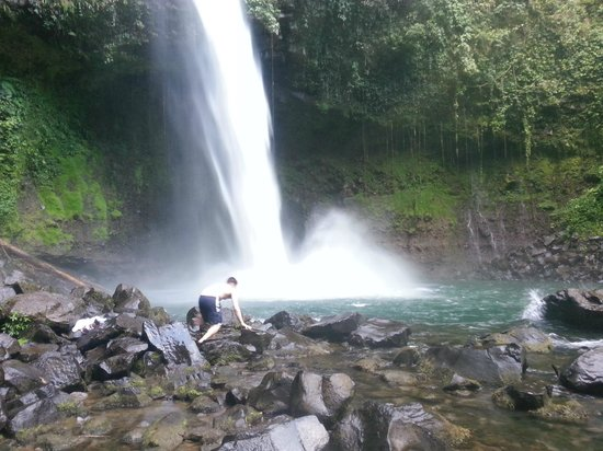Desafio Adventure Company: La Fortuna Waterfall