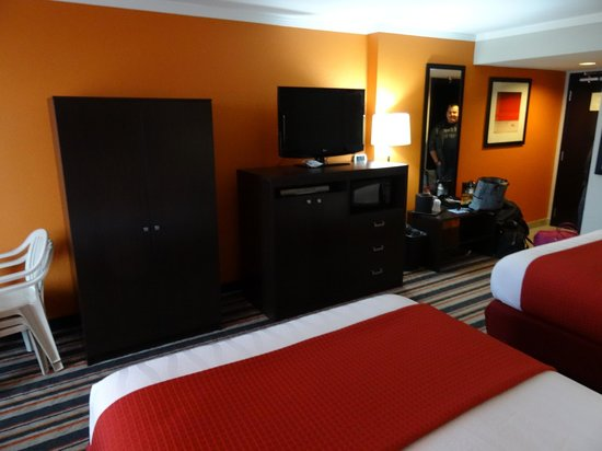 Best Western Plus Sandcastle Beachfront Hotel: 2 Queen Oceanfront Room