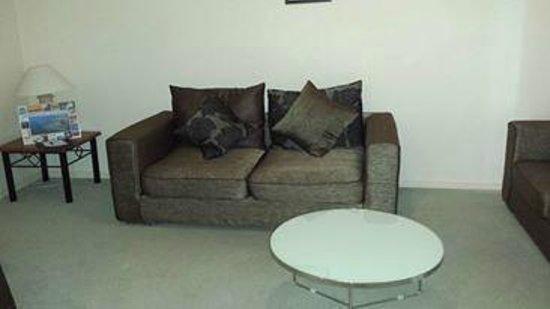 Grange Resort Hervey Bay: Lounge Room