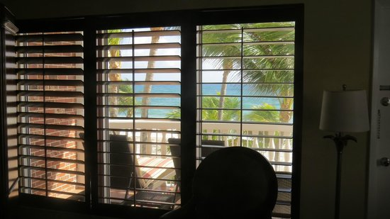 Beachcomber Resort and Villas: Our view from our bed.