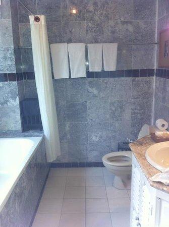Hoi An Ancient House Resort & Spa: badeværelse