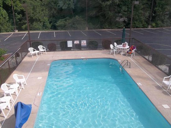 Sleep Inn Murfreesboro: Outdoor Pool
