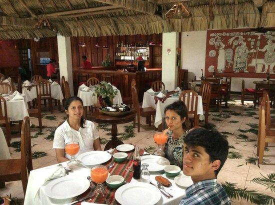 Jungle Lodge: in the restaurant