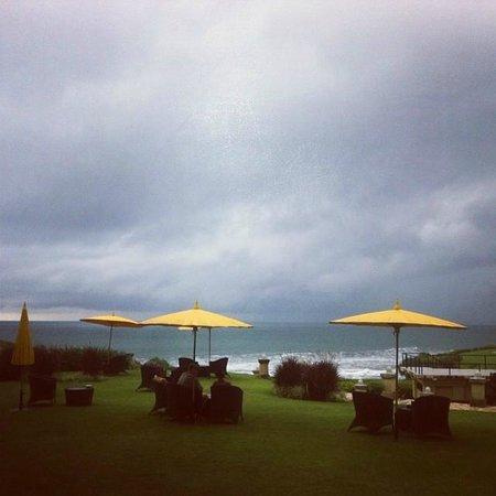 Pan Pacific Nirwana Bali Resort: Outdoor eating area