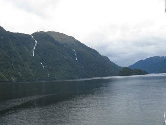 Queenstown Hill: Doubtful Sound 12/13