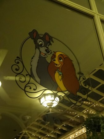 "Tony's Town Square Restaurant: ""Lady and the Tramp"" on the window"