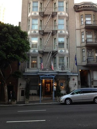 Cornell Hotel de France: Front Entrance - Bush Street