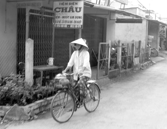 Ho Chi Minh City Urban Adventures : Local on a bicycle