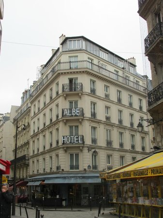 Hotel Albe Saint Michel: Outside View