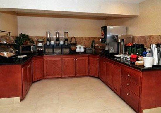 Clarion Hotel: Breakfast