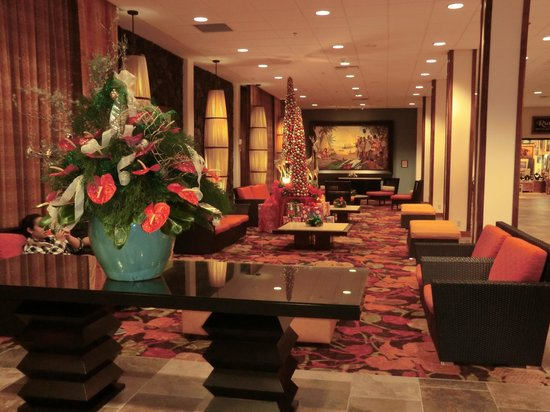 Courtyard by Marriott King Kamehameha's Kona Beach Hotel: lobby
