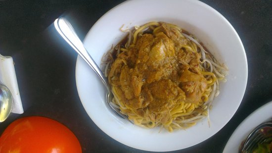 Chinta Ria Temple of Love: Chicken Curry Noodles