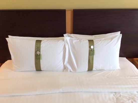 Holiday Inn Melaka: pillow