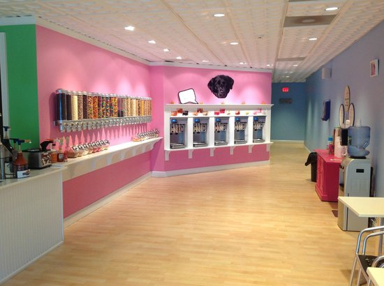 Sweet Luna's: Inside shop