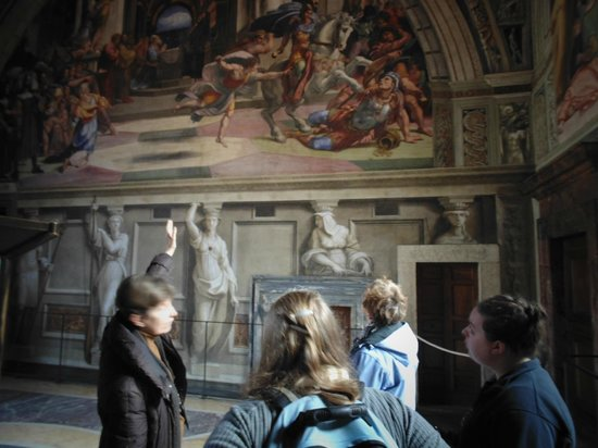 Walks Inside Rome: Tosca explains a painting to us.