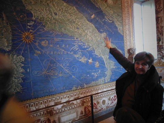 Walks Inside Rome: In the map room