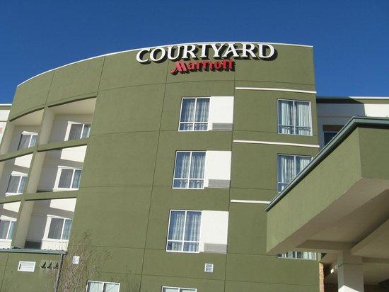 Courtyard Little Rock North : Outdoor facad
