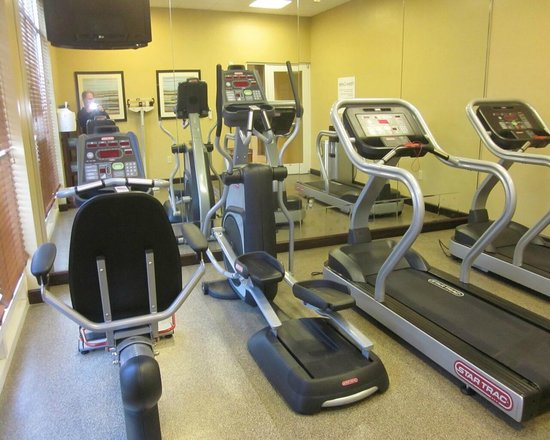 Holiday Inn Titusville Kennedy Space Center : exercise room