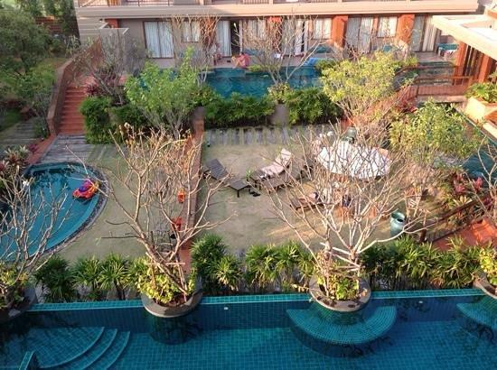 Ayrest Hua Hin Hotel: swimming pool