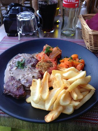 La Tablee : This steak was much better than it looks.