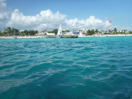 Layla Guesthouse : view of puerto morelos from boat