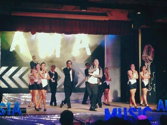 Club Med Bintan Island: Talents everywhere