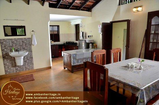 Amban Heritage Home Stay: Open Kitchen Cum Dining