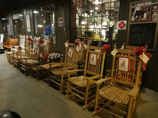 Cracker Barrel: Chair sale just outside