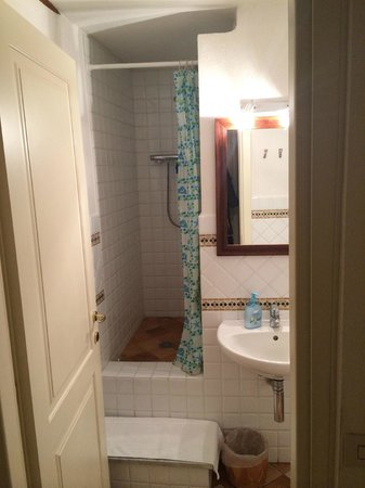 Bed and Breakfast Alle Due Porte: Bathroom
