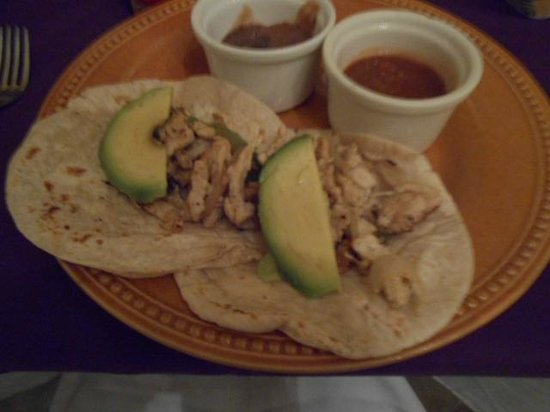 Grand Oasis Palm: chicken tacos yummy!