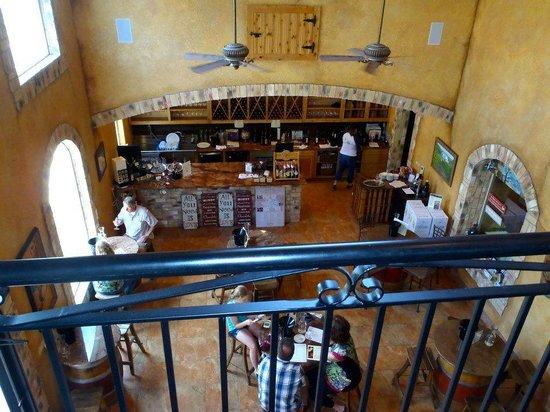 Flat Creek Estate Winery: tasting room