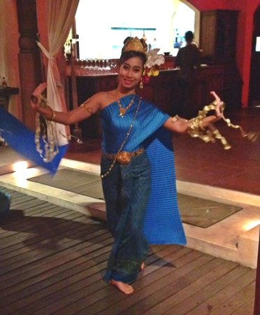 Zazen Boutique Resort & Spa : Thai Dancers - Entertainment while dining